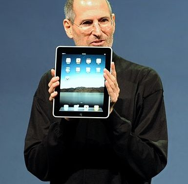 Steve Jobs introducing the iPad. Image by: Fourthords